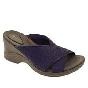 Bzees Harmony X-Band Wedge Sandal Size 8 1/2